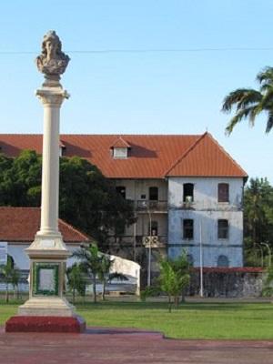 Place des palmistes à Cayenne